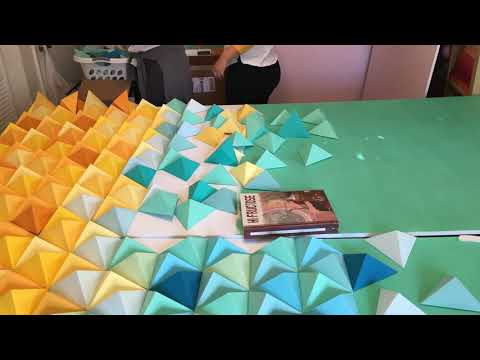 Triangle Origami Backdrop Timelapse