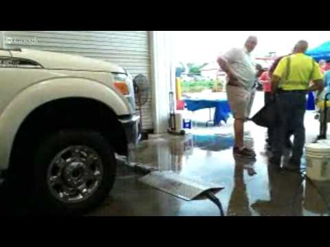 Enzo's Cleaning Solutions under carriage demo at Bonnell industries Dixon illinois