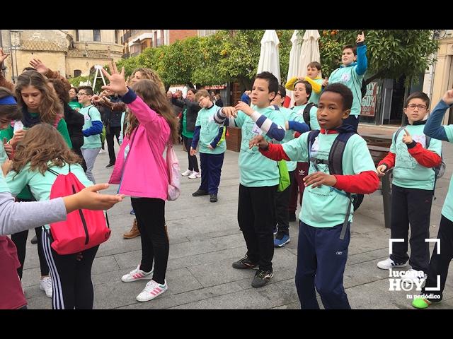 VÍDEO: Escolares de distintos centros educativos de Lucena han pedido hoy un mundo en paz