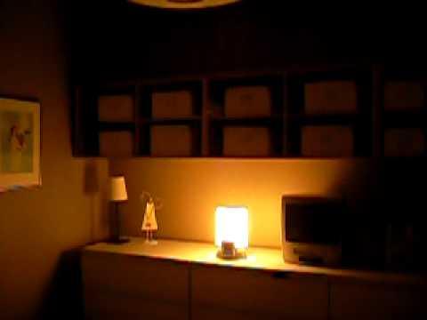 90 seconds of philips wake up light alarm clock youtube. Black Bedroom Furniture Sets. Home Design Ideas