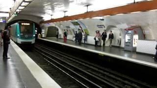 Paris - Montmartre - Gypsies - Metro