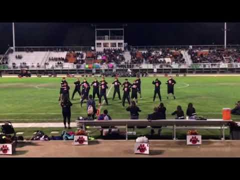 Wasco high school powderpuff/junior's halftime show