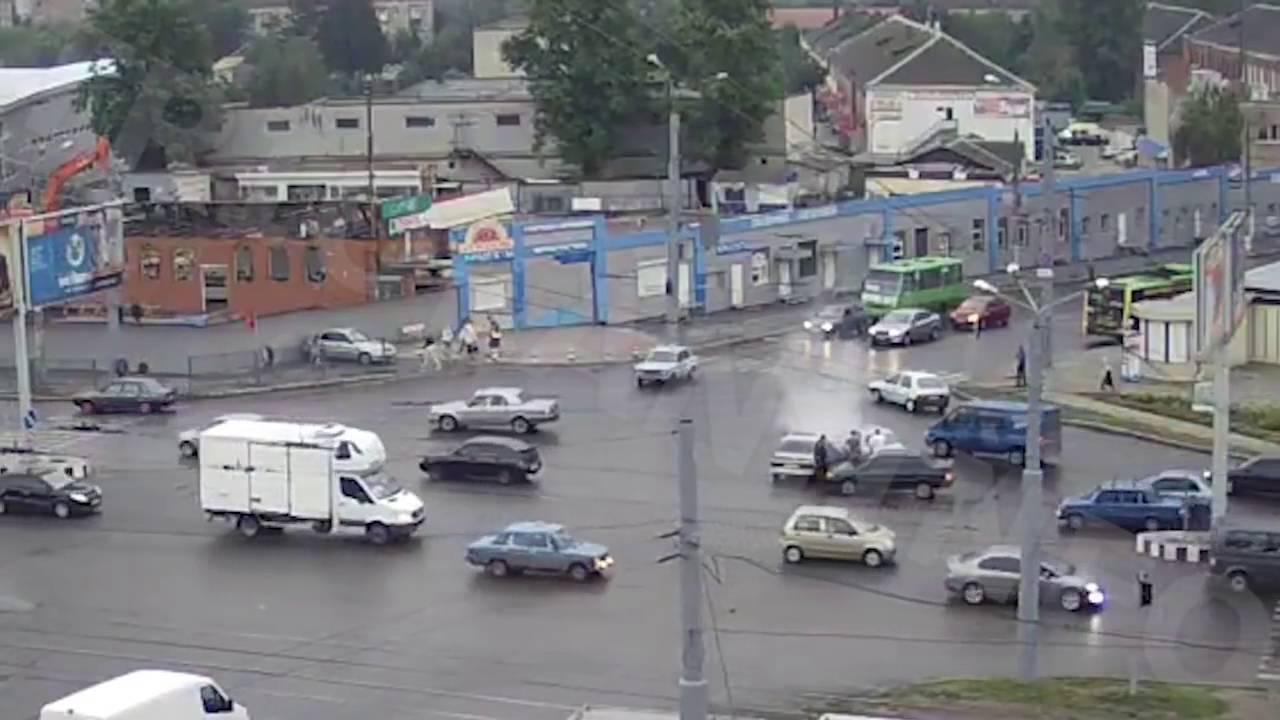 ДТП в Харькове на перекрестке ул  Полтавский Шлях   ул  Холодногорская 22 07 2016