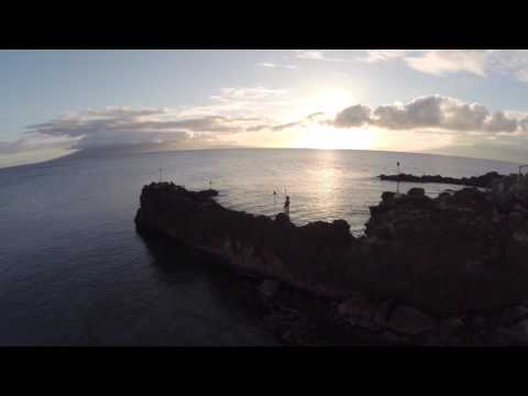 insiders'-view-of-the-cliff-dive-ceremony-at-sheraton-maui-resort-&-spa
