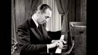 Horowitz plays Joseph Haydn Sonata in F major Hob. XVI 23 - I. Allegro moderato
