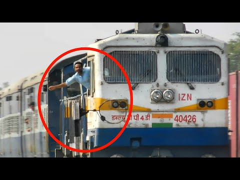 """TOKEN EXCHANGE"" Late Running BAGH EXPRESS with Aggressive Train Driver - Indian Railways !!"