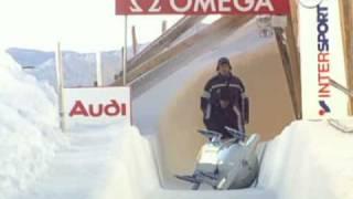 Canadian bobsled crash in St. Mortiz