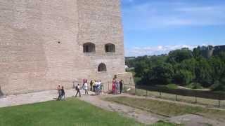 Старинный замок в городе Нарве(, 2013-06-19T21:16:07.000Z)