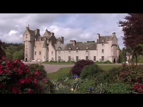Scotland Travel: Ballindalloch Castle