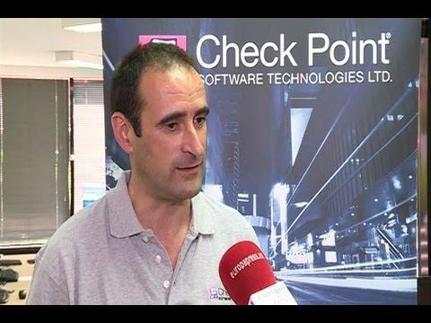 Mario García aconseja sobre el uso seguro de internet