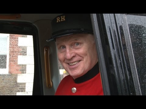 Cabbies' Charity Taxis Chelsea Pensioners To Battlefields
