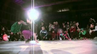Mario vs. Sirop (Adidas Originals Rocks the Floor)