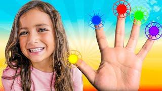La Canción de la Familia Dedo - Version de Colores   The Finger Family Song in Spanish