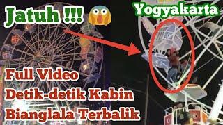 Wahana Bianglala Terbalik Di Pasar Malam Sekaten Yogyakarta