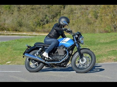 2015 moto guzzi v7 ii stone motorcycle youtube. Black Bedroom Furniture Sets. Home Design Ideas