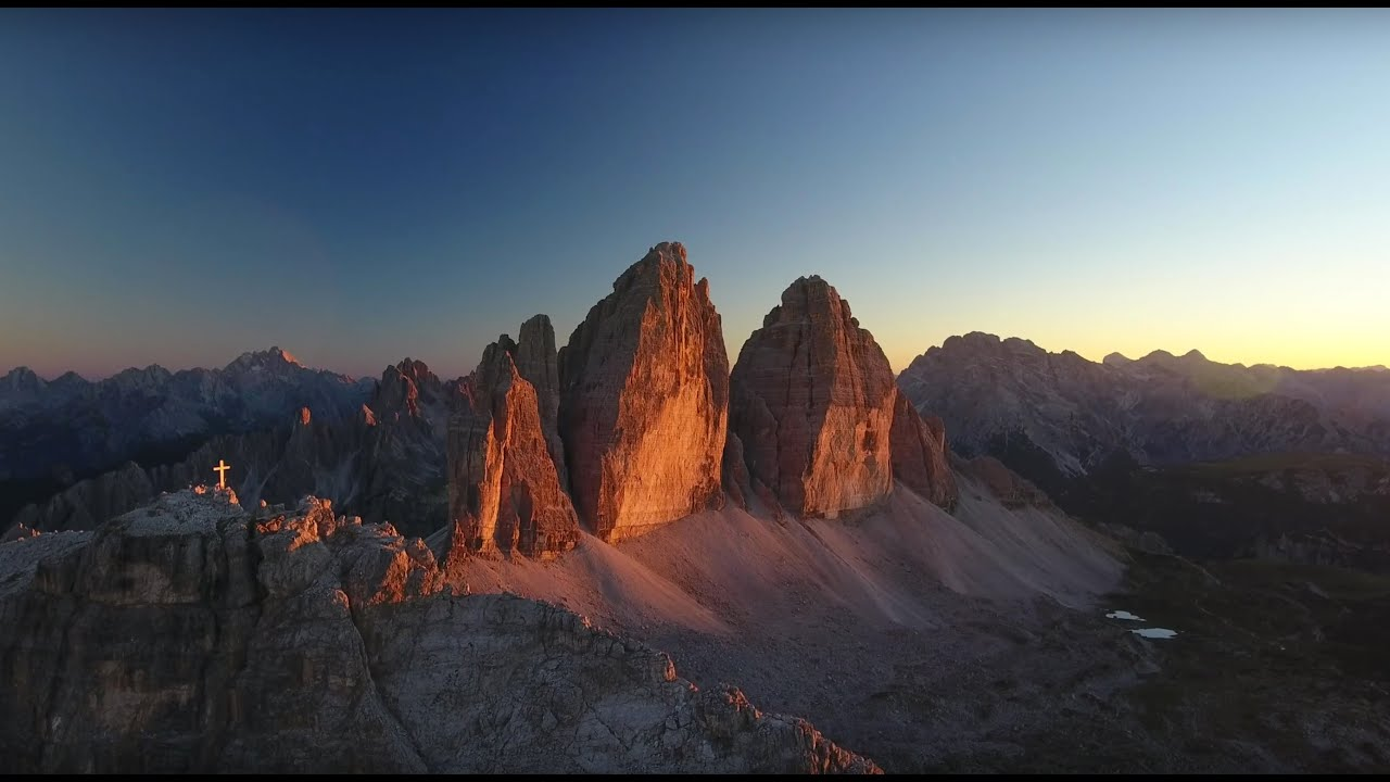 "Dji Phantom 4 >> Flying on the Dolomites - 4K Video (3 Zinnen @ 2' 45"") - YouTube"