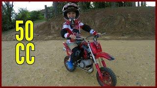 Mini Moto a Gasolina de Trilha ou Moto Cross Piloto de 4 Anos