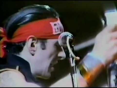 The Clash - Safe European Home (2/13)
