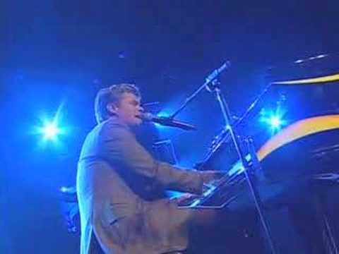 Richie McDonald Performing
