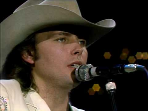"Dwight Yoakam - ""Buenas Noches From A Lonely Room (She Wore Red Dresses)"" [Live from Austin, TX]"