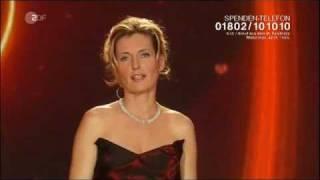 """Maria Furtwängler bei """"Ein Herz für Kinder"""" Gala 2011 Berlin"""