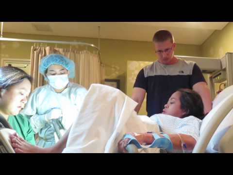 I'm on Labor | Non Epidural Birth | Hospital Room Tour | Vlog #93