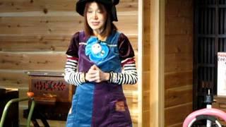 バルーンから鳩が・・・・2012年1月14日野老澤町造商店で開催し...