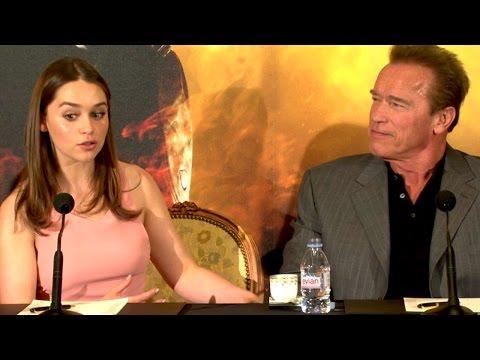 Emilia Clarke et Arnold Schwarzenegger à Paris - TERMINATOR GENISYS - Conférence de Presse