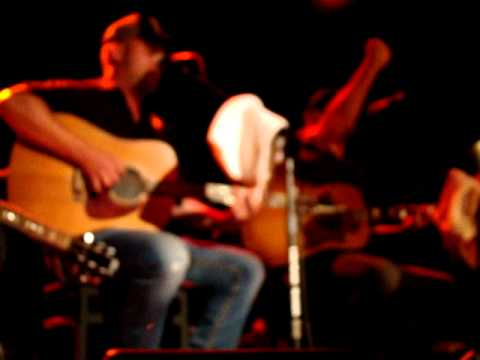 """Jeff Hyde Sings """"I'm Gettin' Stoned"""" - Eric Church """"Chief"""" Release Party In NYC"""