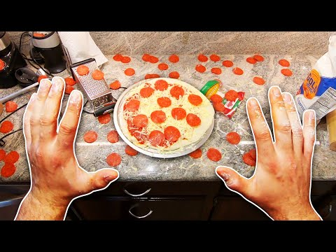 making-a-pizza