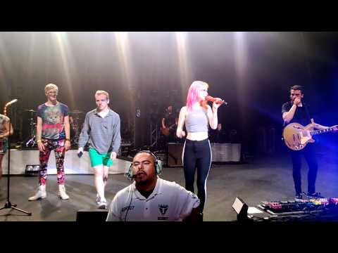 Paramore - Ankle Biters - Phoenix 2013