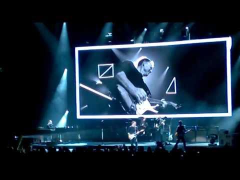 Bryan Adams  - Somebody -  Edmonton 01 17 2015