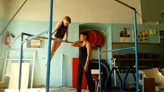 Спортивная гимнастика сальто с брусьев