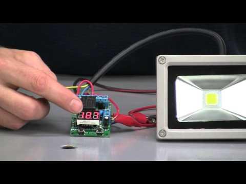 SkymaxWind demonstrates DIY digital board for Wind Turbine or Solar Panel
