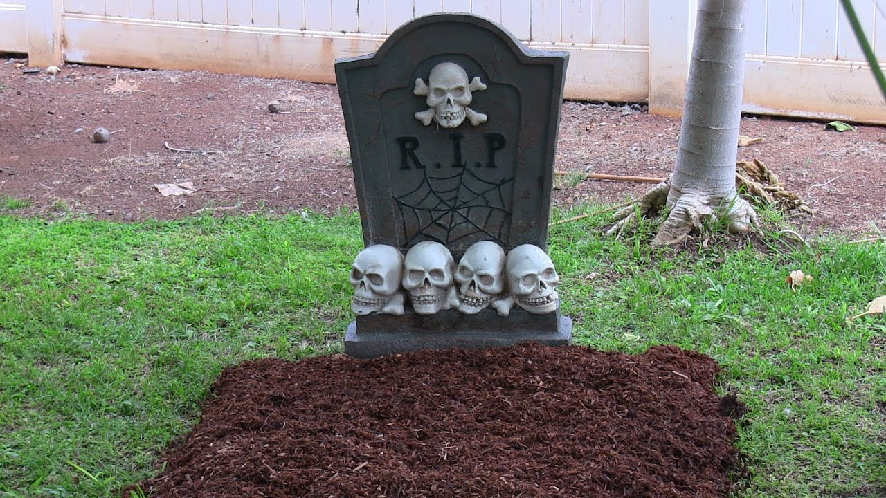 how to make a grave / graveyard for halloween with