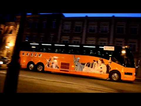 COACHES DRIVING IN MONTREAL QUEBEC
