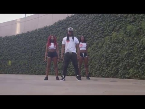 Koffi Olomide - Selfie (Official Dance Video) by Unique Silver Dancers - Ultimalt
