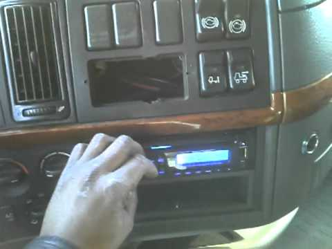 working on a semi truck (18 wheeler) install radio part 2 youtube
