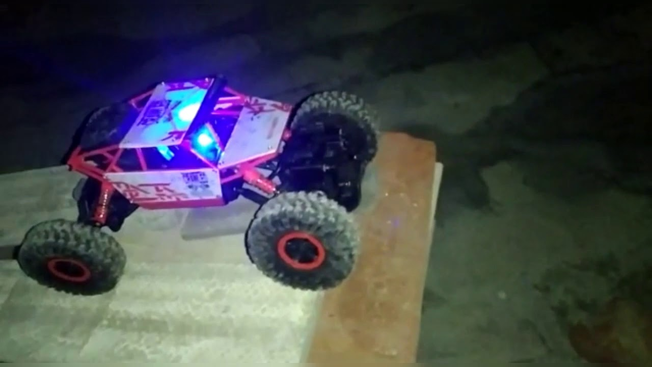 RC cars stunt challenges