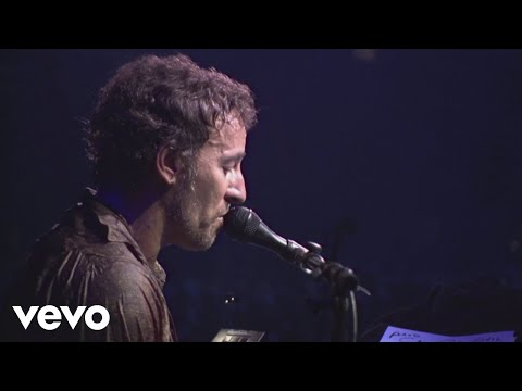 Bruce Springsteen & The E Street Band - Spirit in the Night (Live In Barcelona)