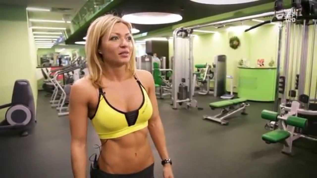 Видео горячие девушки в фитнес зале фото 781-717