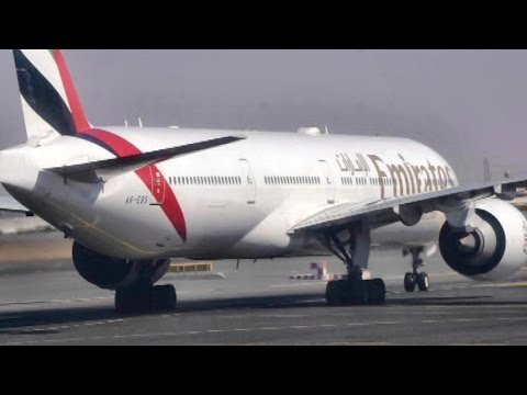 Emirates | Boeing 777-300 | Dubai - Mumbai | Beautiful Take Off Views