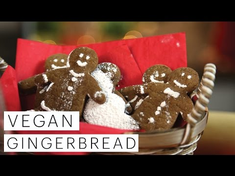 Vegan Gingerbread Men Cookies Recipe (Christmas Cookie Collaboration) | The Edgy Veg