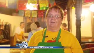 Giant Apple Pie Focal Point Of Nappanee Festival