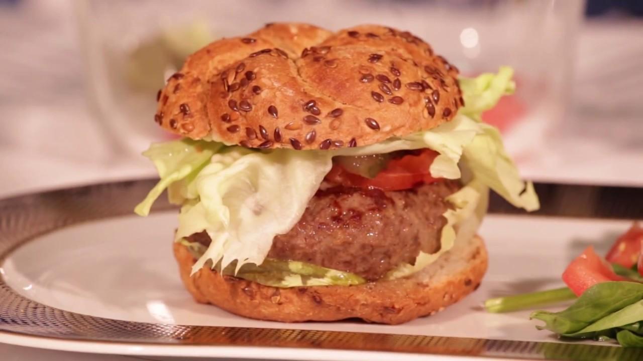 FWWD Cooking by Zepter- Sorin Dutoiu gateste un burger sanatos si light