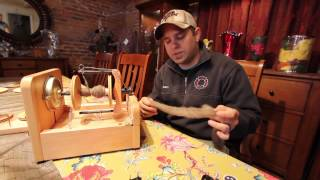 Ashford Electric Spinner Demo - Awesome For Beginners And Production Spinners