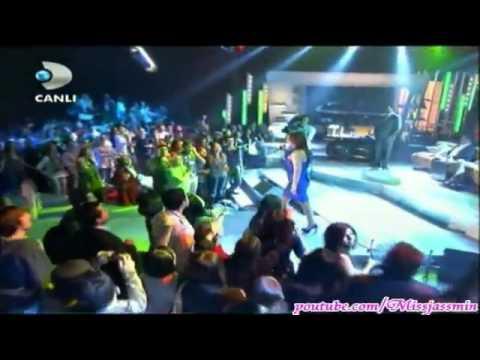 Ebru  Gündes    TELAFI     Beyaz Show   6 5 2011