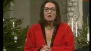 Nana Mouskouri - Oh Tannenbaum  ( Christmas special )