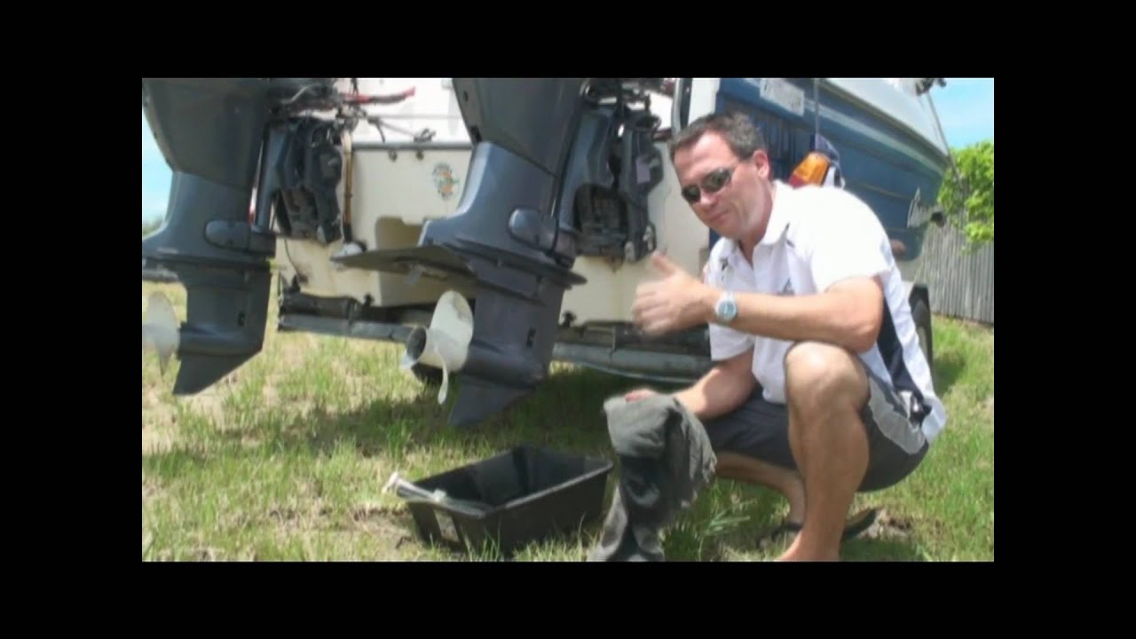How to Change Outboard Motor Gearbox Oil Yamaha - YouTube