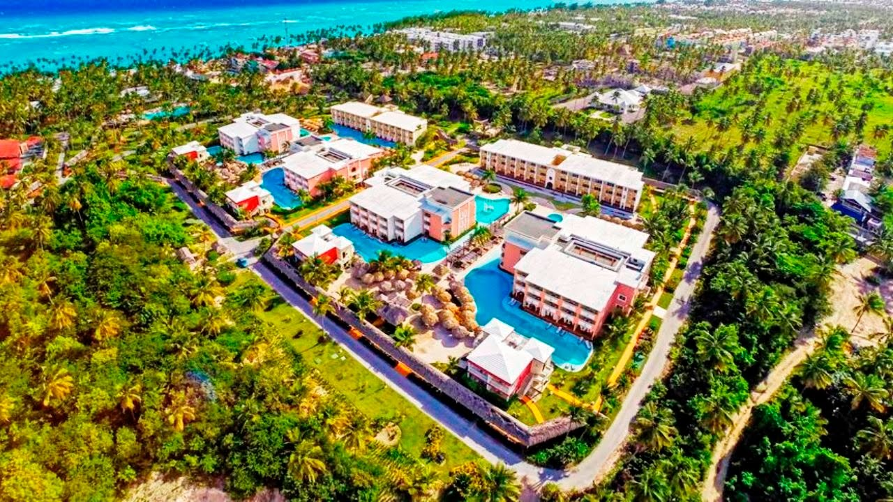Grand Palladium Hotels In Punta Cana Dominican Republic Pools And Beaches